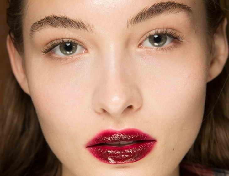 средства для макияжа губ