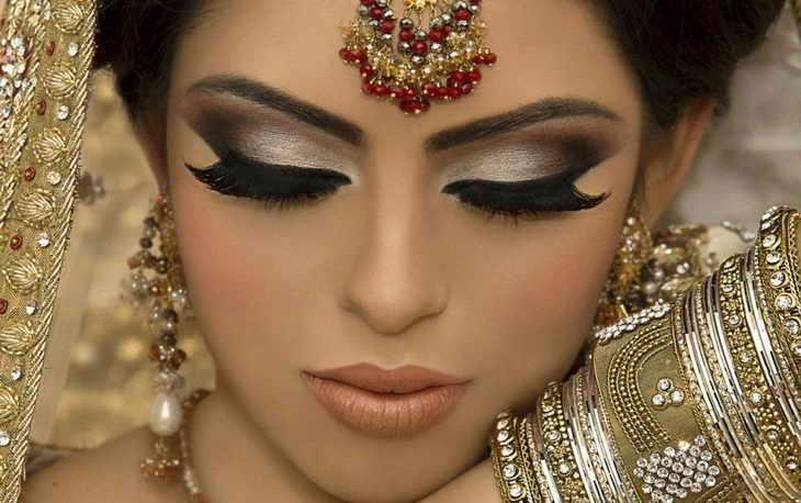 Характерные черты восточного макияжа