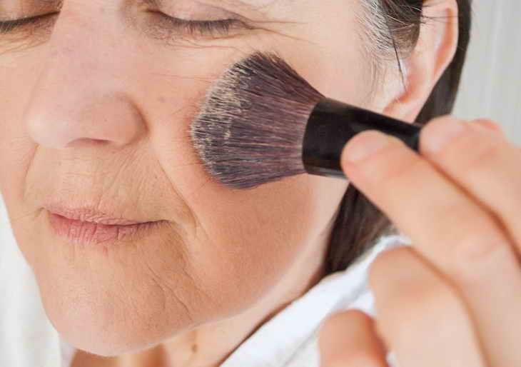 возрастной омолаживающий макияж видео
