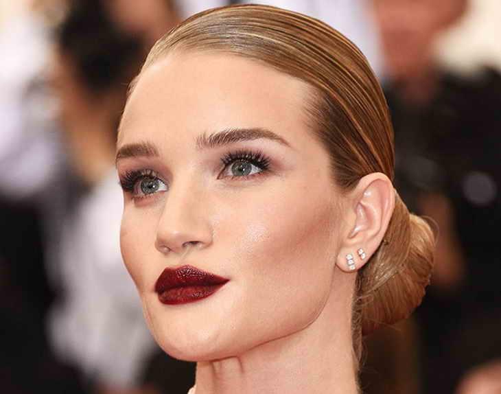 натуральный макияж для блондинок губы