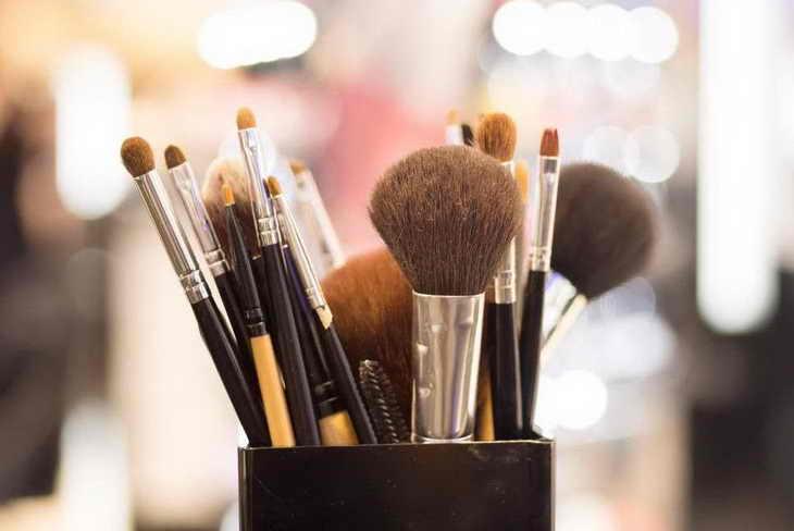 макияж для нависшего века кисти