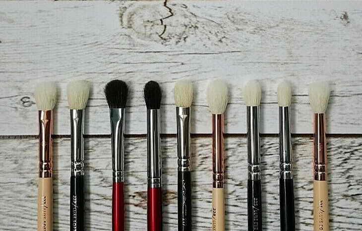 макияж для нависшего века как выбрать кисти