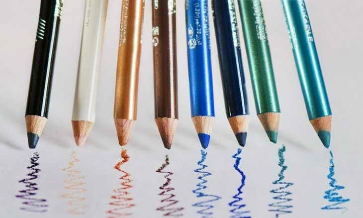макияж для нависшего века карандаш