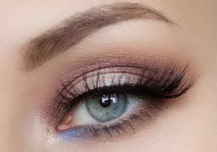 макияж для серо голубых глаз пошагово