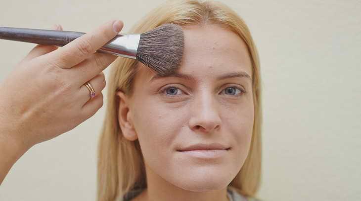 ежедневный макияж для серо голубых глаз