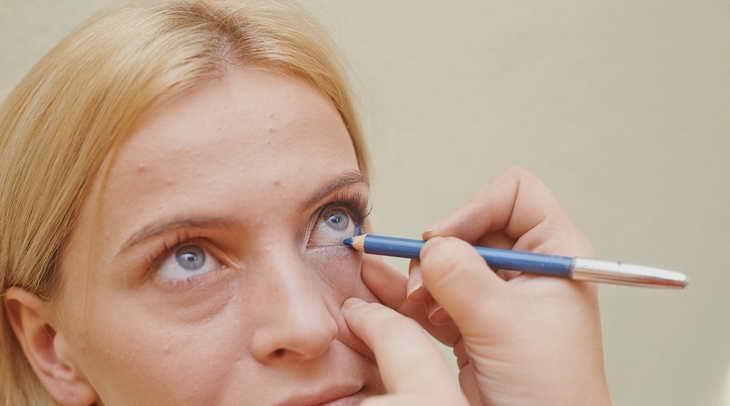 макияж для серо голубых глаз как быстро сделать