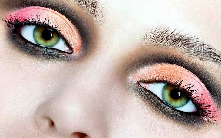 дневной макияж для серо зеленых глаз
