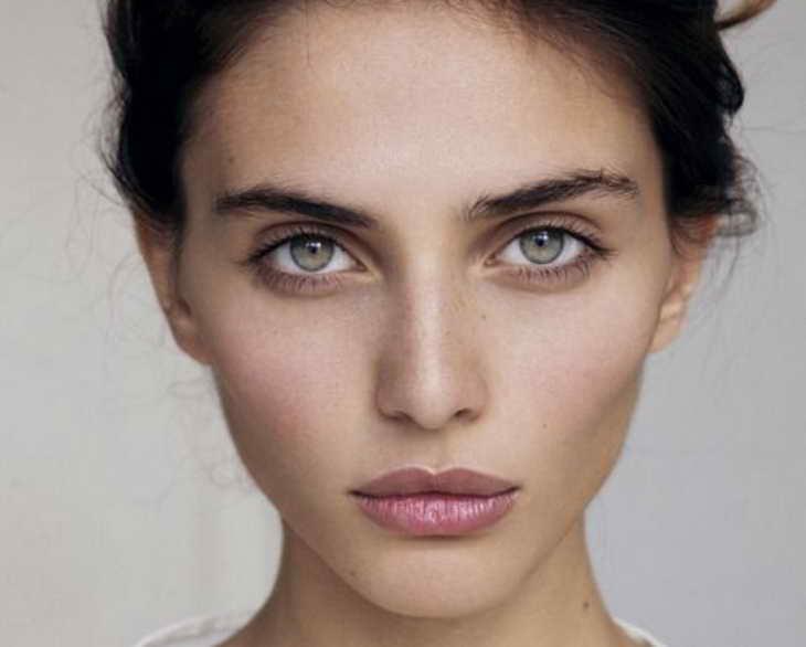 естественный макияж для серо зеленых глаз нюдовый