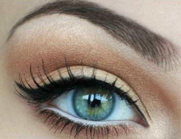 вечерний макияж для серо зеленых глаз нависшее веко