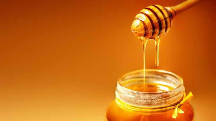 Маска с яйцом и медом от морщин
