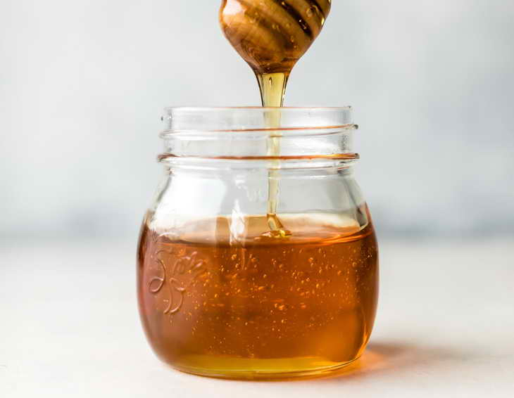 увлажняющие маски для лица в домашних условиях с медом