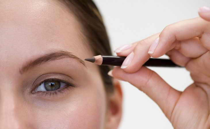как красить брови карандашом инструкция