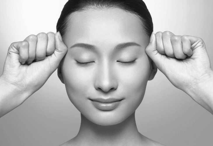 лимфодренажный массаж лба