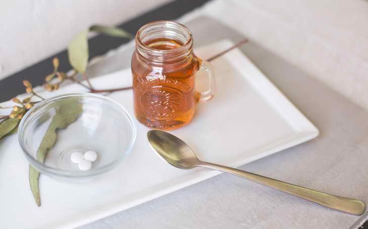 Маска из аспирина для лица от морщин: как приготовить и использовать в домашних условиях, рецепты, дополнительные компоненты, возможные побочные эффекты, меры предосторожности