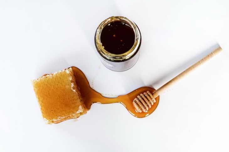 маска с огурцом для лица с медом