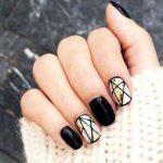 Черный маникюр— модные идеи исовременные тенденции дизайна ногтей сфото