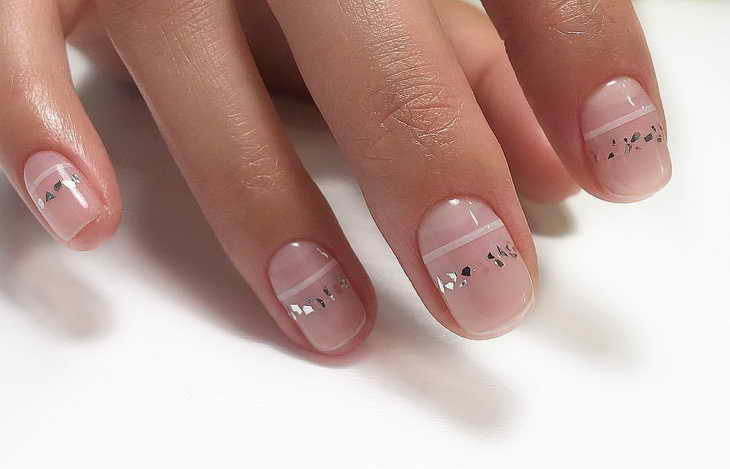 маникюр полоски на ногтях фото