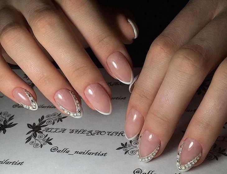 дизайн ногтей со стразами фото новинки