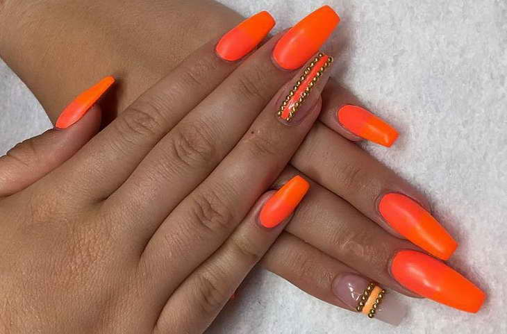 оранжевые ногти длинные