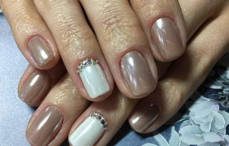 жемчужный маникюр на короткие ногти
