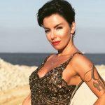 «Время успокоиться»: Юлия Волкова произвела фурор, снявшись вкупальнике
